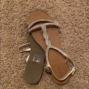 Sandals. Like new condition.
